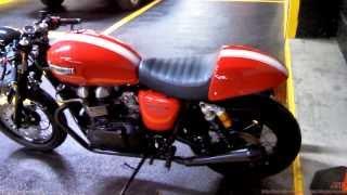 9. Triumph Thruxton 900