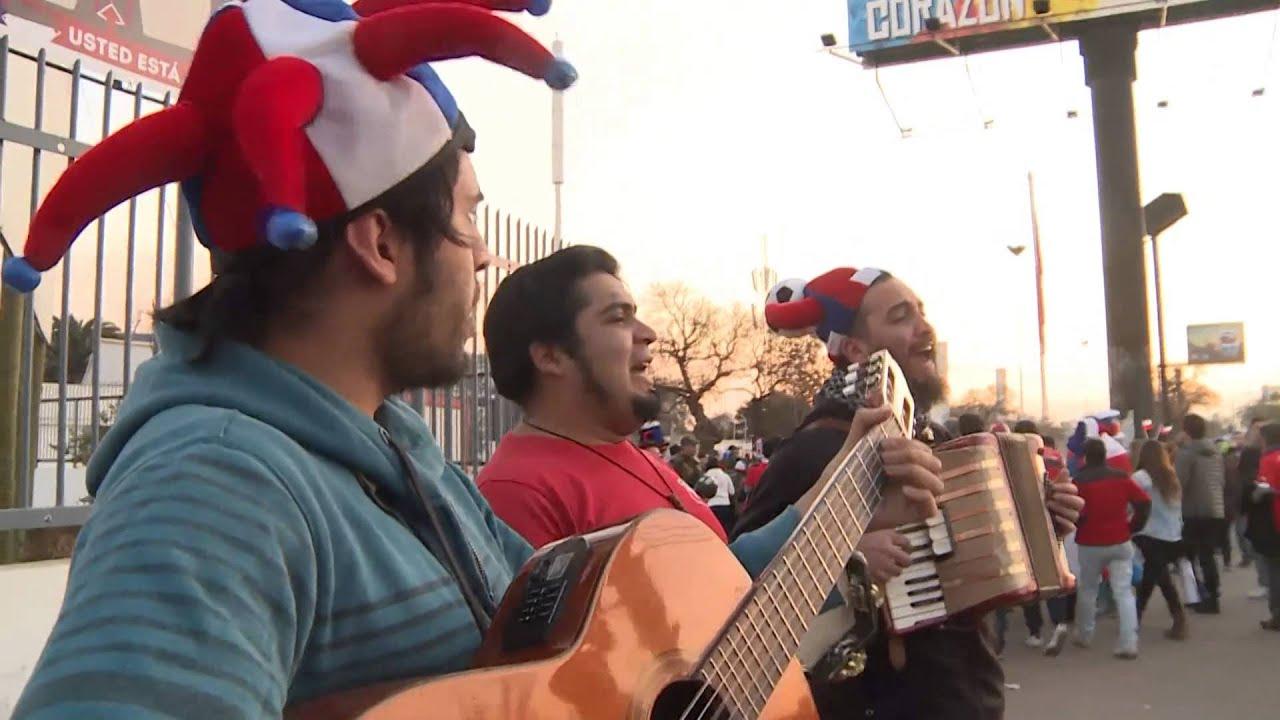 Copa América 2015: Semifinal: Torcida do Chile e do Peru animadas antes de jogo decisivo