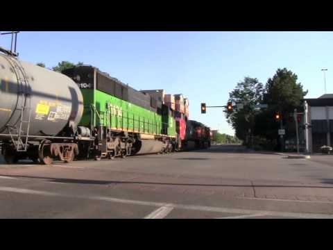 "[HD] MUST SEE! Fort Collins, CO ""Street Running""- BNSF's Front Range Subdivision"