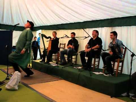 Ray O Sullivan Tells Yarn
