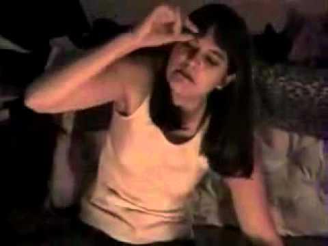 ragazza posseduta per aver giocato con la tavola ouija! incredibile!