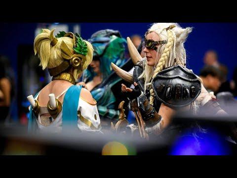 Gamingfans aus der ganzen Welt: Cosplayer erobern die  ...
