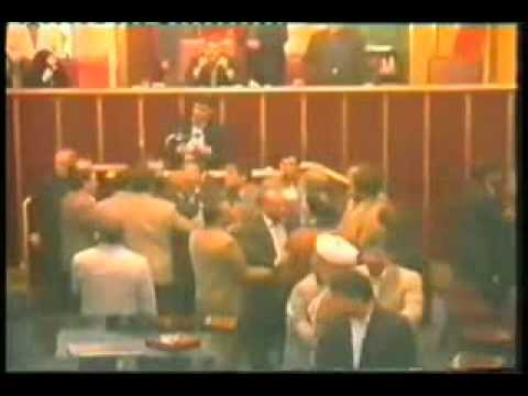 Aliakbar Mousavi Khoeini speech causing turmoil in Iranian Parliament (unseen footage) (видео)