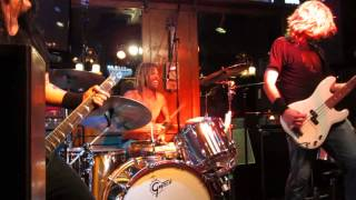 The Birds Of Satan - Get Up I Want To Get Down - Live @ Maui Sugar Mill Saloon