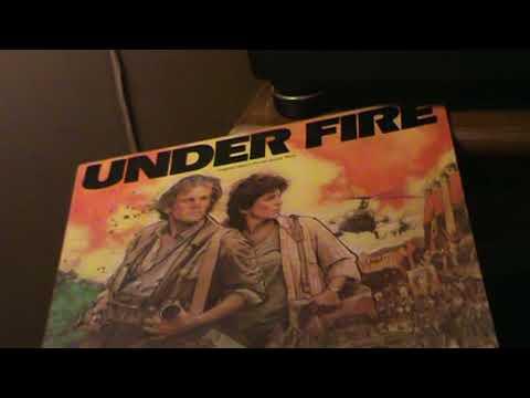 UNDER FIRE  /  *1983  ( Gene Hackman-Nick Nolte-Joanna Cassidy )