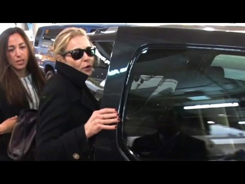 Chelsea Handler Is Wished Happy Holidays At LAX