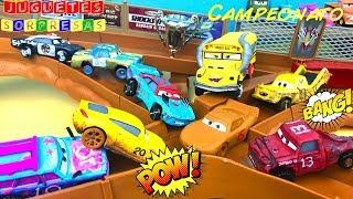Video Carros de Carrera para niños  Pista de Coches CARS 3 Thunder Hollow   campeonato con los Locochones MP3, 3GP, MP4, WEBM, AVI, FLV April 2019