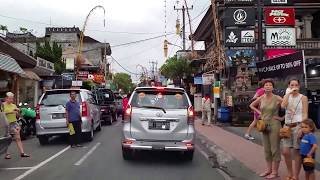 Video Taxi ride from Bali Denpasar International Airport to Ubud center MP3, 3GP, MP4, WEBM, AVI, FLV Agustus 2018