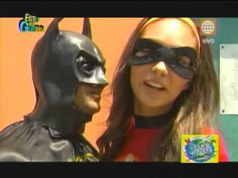 Esto es Guerra: Batman y Robin visitan el colegio Romeo Luna Victoria - 16/04/2013