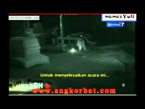 Dua Dunia Lain 8 Maret 2012 part 2 -www.angkorbet.com