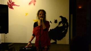 Video Hana Fatamorgana - Ema Óm, Brno, Galeryje9, leden 2015