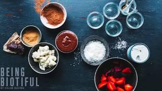 Snack saludable: Mousse de fresa con tahinitela y nata de coco