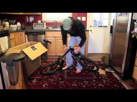 speed p8 folding bike - This video shows how quick and easy it is to unbox and setup a Dahon Speed Uno bike. It takes about three minutes to go from box to riding after traveling wi...
