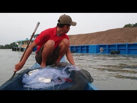 Đi thả lưới gập cảnh máy hết xăng bơi luôn. Hên là có nhiều cá | Săn bắt SÓC TRĂNG | - Thời lượng: 27 phút.