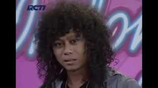Video Prattyoda Indonesian Idol 2012 - When I See You Smile MP3, 3GP, MP4, WEBM, AVI, FLV Desember 2017