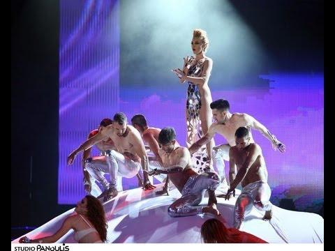 HouseTwins feat. Courtney, Risky,  & Tamta-Rythm Is A Dancer/  (VMA 2013)