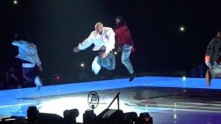 "Video Chris Brown performs ""Ayo"", ""Loyal"" & ""Play No Games"" Live (Party Tour 2017) MP3, 3GP, MP4, WEBM, AVI, FLV Januari 2019"