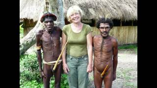 Papua New Guinea (PNG; /ˈpæpə njuː ˈɡɪniː/ PAP-pə-new-GHIN-ee; Tok Pisin: Papua Niugini; Hiri Motu: Papua Niu Gini), officially the Independent State ...