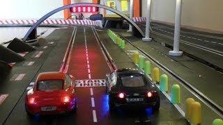 Video Audi R8 vs Porsche 911 - One Battle - 25 Runden - Carrera Bahn Digital Slot 1:32 MP3, 3GP, MP4, WEBM, AVI, FLV Mei 2019