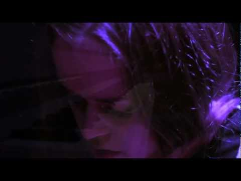 405TV Session: Amanda Mair - 'House'