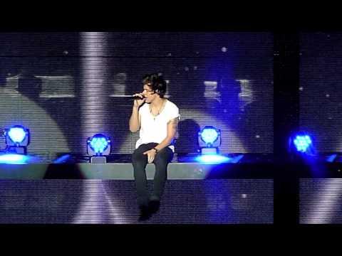 One Direction, Little things, O2 Dublin  05-03-2013 HD (видео)