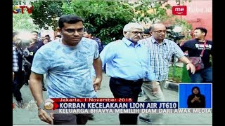 Video Tiba di RS Polri, Ayah Sang Pilot Lion Air JT 610 Hindari Awak Media - BIS 01/11 MP3, 3GP, MP4, WEBM, AVI, FLV November 2018