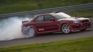 Nonton LS3 V8 4-Door Nissan Skyline R34 - Drifting! Film Subtitle Indonesia Streaming Movie Download