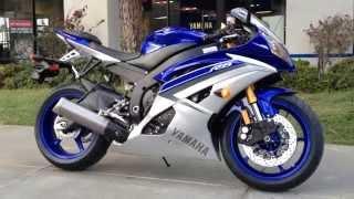 2. 2015 Yamaha YZF-R6 Team Yamaha Blue Matte Silver
