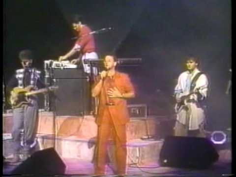Michael W. Smith Feat. Gary Chapman - A Way (Part 6 Of 17 From 1985 Concert)