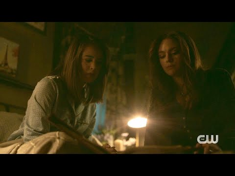 Legacies 2x07 Hope and Josie apologize each other, Landon leaves Mystic Falls