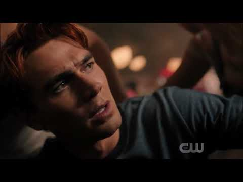 Archie Veronica Betty Jughead  Find out Fred has died. S04E01 4x1 Riverdale
