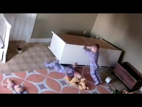 Video 2-year-old saves twin trapped under toppled dresser download in MP3, 3GP, MP4, WEBM, AVI, FLV January 2017