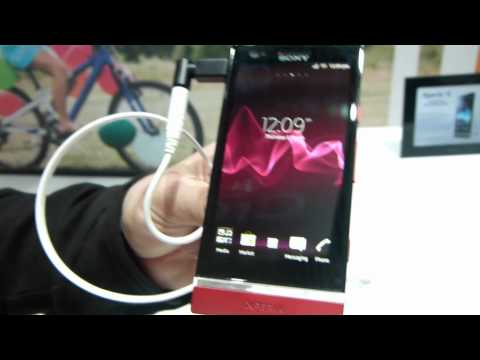 MWC 2012: Sony Xperia P hands-on