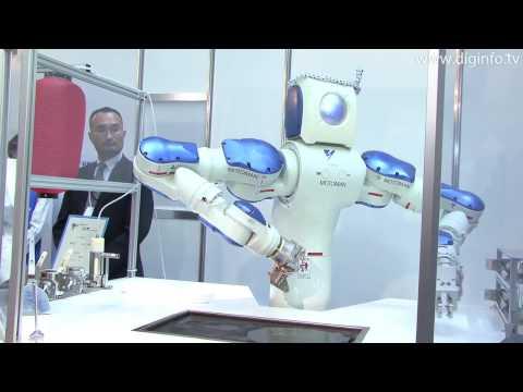 VIDEO: Robot, který po sledování YouTube umí vařit