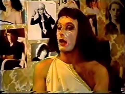 LA VETERANA ACTRIZ MUFA -- (URDAPILLETA, TORTONESE Y GASALLA) -- (1992)