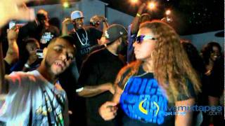 Video Gangsta Boo & La Chat - Bitch Don't Look At Me - Official Music Video MP3, 3GP, MP4, WEBM, AVI, FLV Oktober 2018