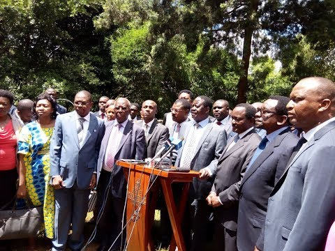 Raila Odinga speaks over the ouster of Senator Moses Wetangula from being Minority Leader (видео)