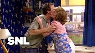 Mama's Boy - Saturday Night Live