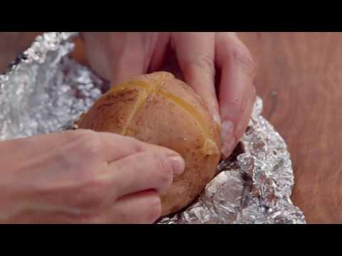 Creamy Tuna Baked Potato – Bulla – Fast Fact | Everyday Gourmet S6 E90