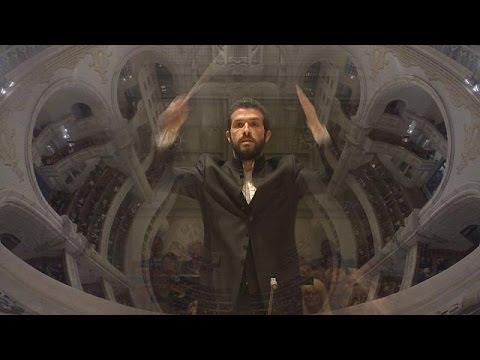 Ο Ομέρ Μάιρ Βέλμπερ μαγεύει το κοινό στο Μουσικό Φεστιβάλ της Δρέσδης – musica