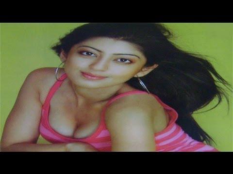Praneetha Hot Show Unseen Photos Sarada Movie Heroine Pawan Kalyan Samantha Image