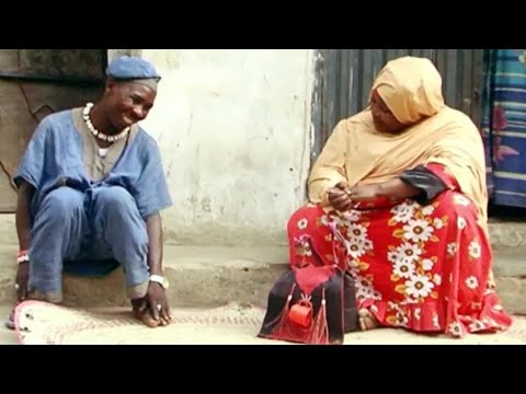 Download Musha Dariya [ Aisha Dan Kano Wanzamiyar Mata ] Video