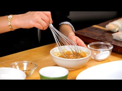 How to Make a Summer Roll Dipping Sauce | Asian Cooking