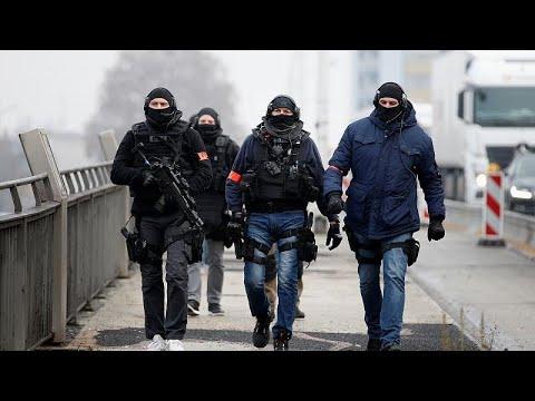 Ανθρωποκυνηγητό για τον ένοπλο του Στρασβούργου