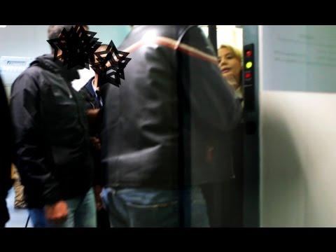 Video - Καρέ-καρέ η εισβολή αντιεξουσιαστών στο Ιταλικό προξενείο