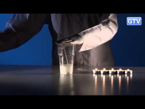 Тушение свечей содержимым пустого стакана - опыты