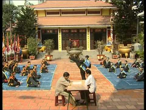Takhado: Cờ Người - Viet Nam Human Chess in Ho Chi Minh city.MPG