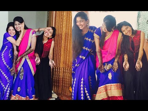 Sai Pallavi With Her Sister Pooja And Family