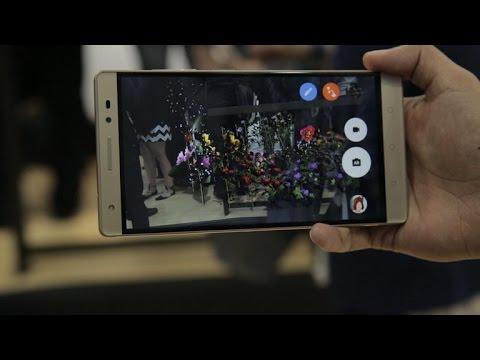 Phab 2 Plus: Un gigantón con modo de realidad aumentada en sus cámaras [video]