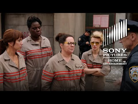 Ghostbusters (2016) (TV Spot 'Who You Gonna Call?')
